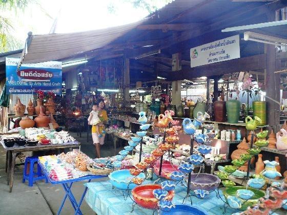 Market na Koh Kret