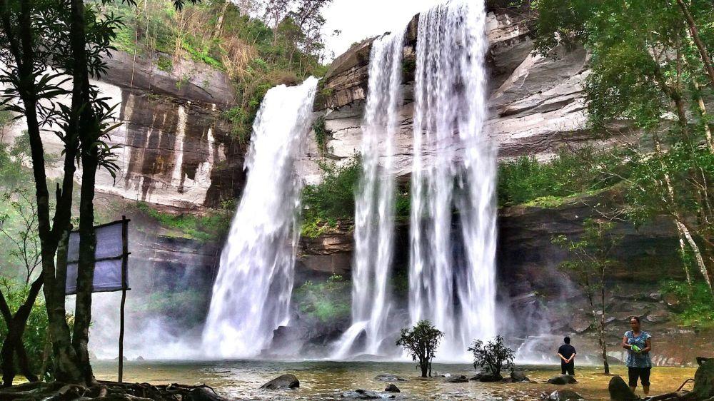 Wodospad Huay Luang w Ubon Ratchathani