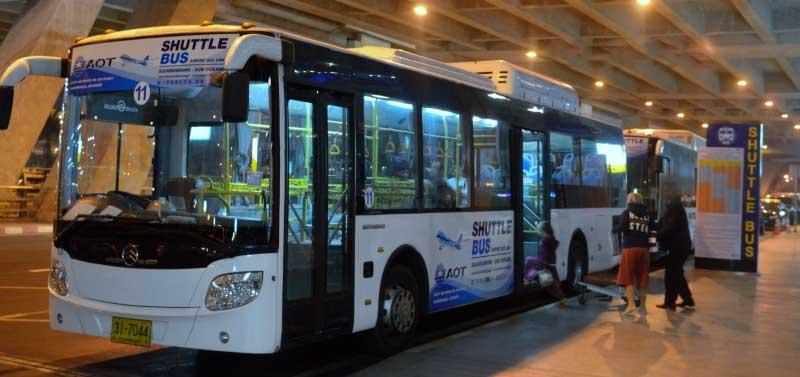 Darmowy autobus na Suvarnabhumi podwozi do głównej stacji autobusowej