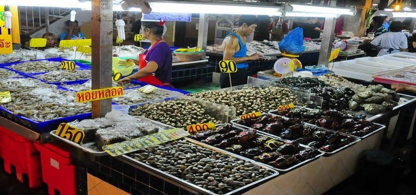 Banzaan Market, Patong, Phuket.