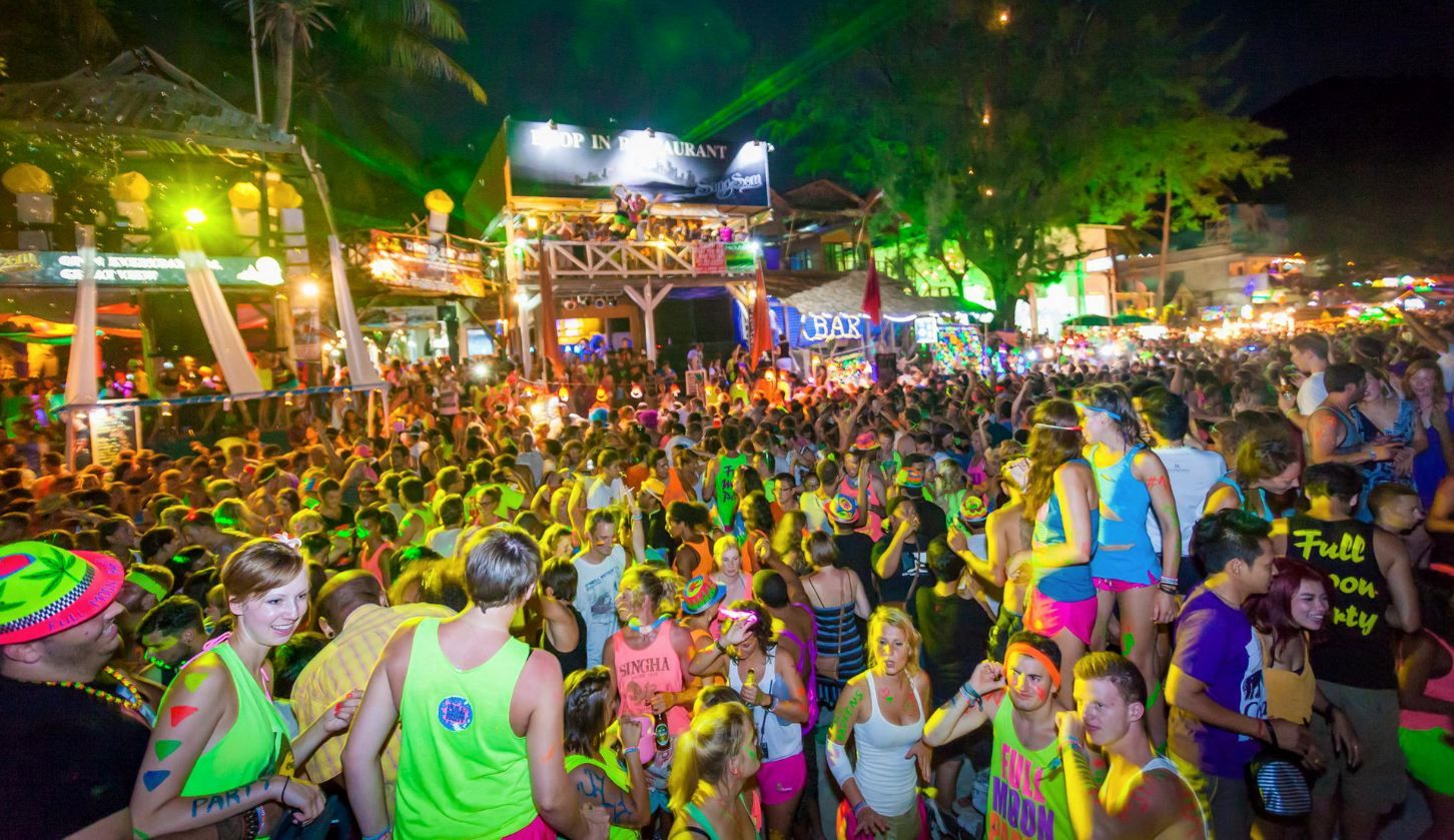 Full Moon Party, na plaży Haad Rin, Koh Phangan