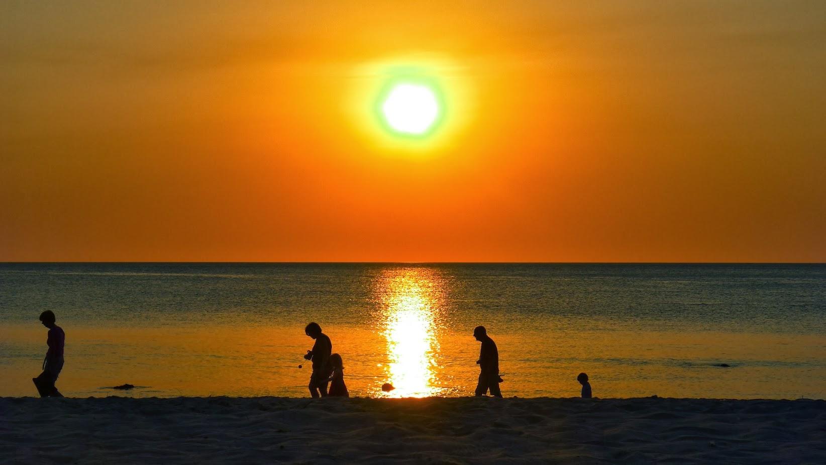 Zachód słońca na Koh Lanta.