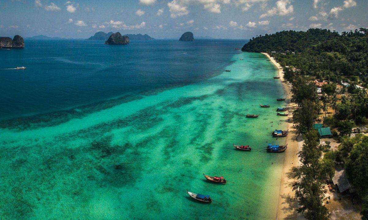 Wyspa Koh Ngai, Krabi.