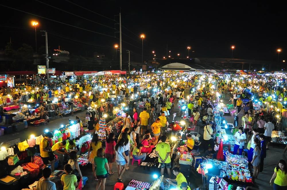 Liab Duan Market.