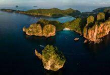 Południowa strona wyspy Phu Phi Don.