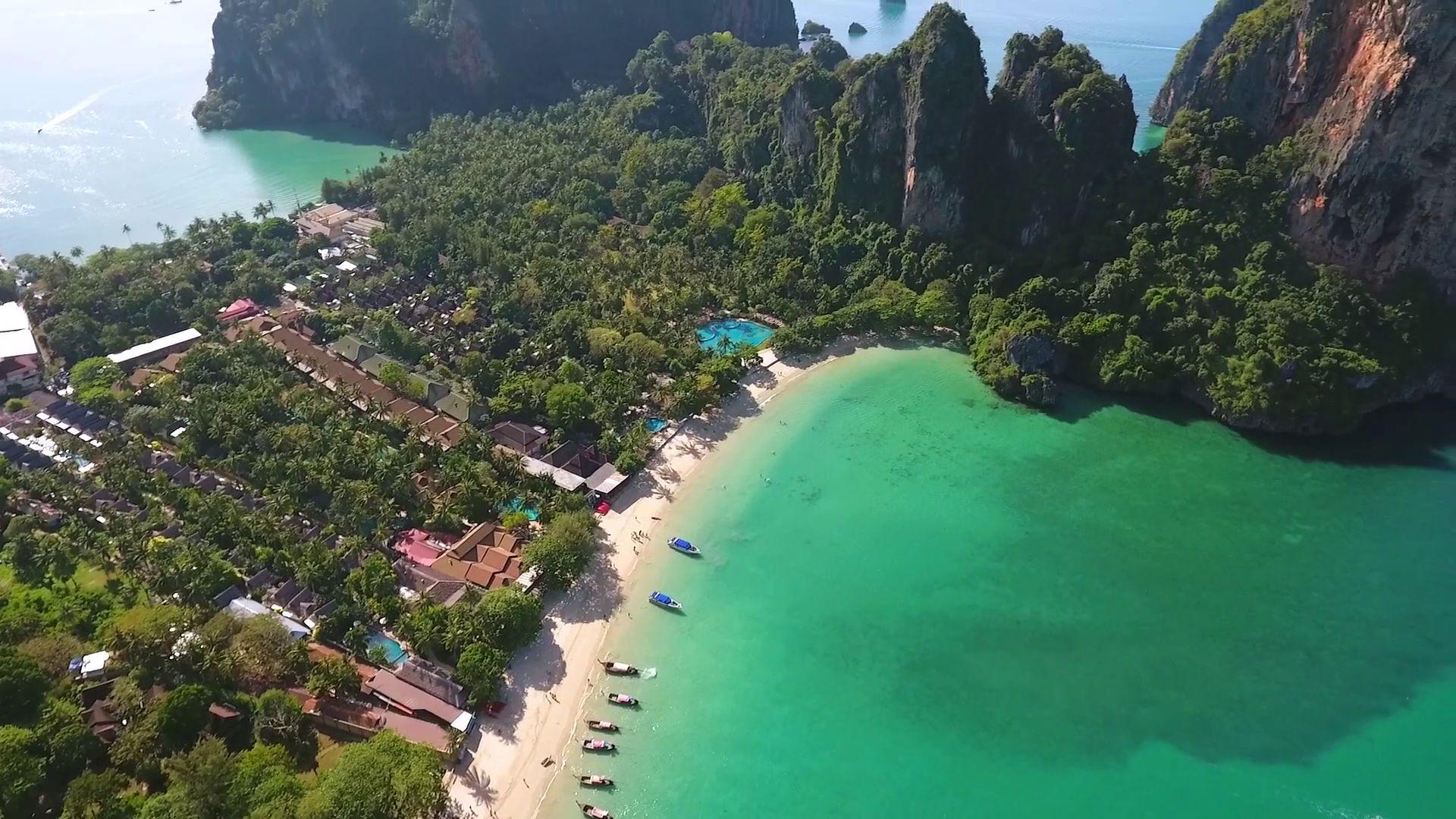 Railay, najsłynniejsza plaża w Krabi.