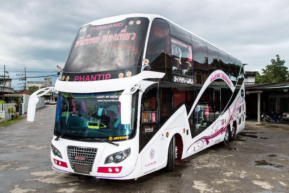 Autobus Phantip w Surat Thani