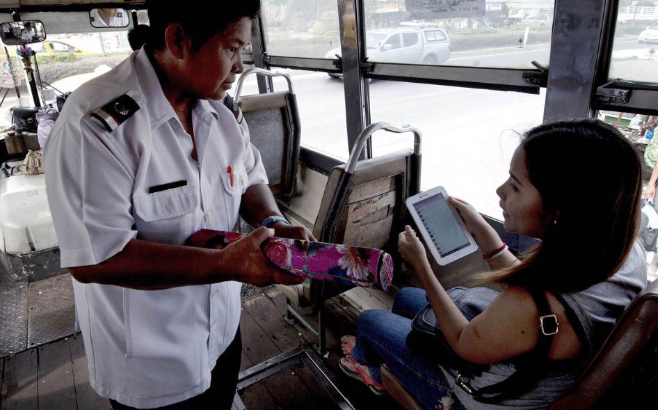 Bilety kupuje się bezpośredni w autobusie.